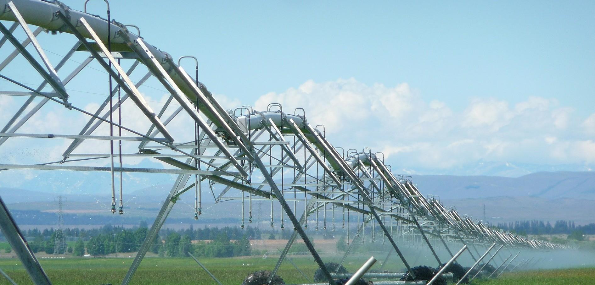 irrigation-403371_1920